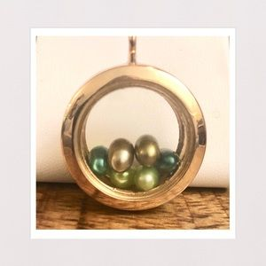 Jewelry - 3-D Glass Locket Pendant w/ Color Pearls in Gold